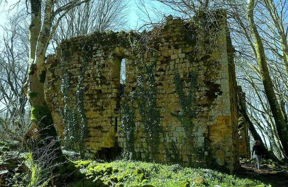 25 aprile -Il Castello sul Vulcano
